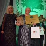 """Nominācijā """"Skaistākais dārzs"""" laureāte- Maruta Makrecka no Cēres pagasta """"Druviņām"""""""