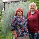 Krāšņo dārzu iekopušas Natālija, Sanita un Pārsla