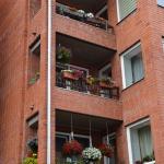 """Kūrorta iela 2 – """"Krāšņākais balkons vai daudzdzīvokļu māja"""""""