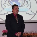 Jauniešus uzrunā Kandavas novada domes priekšsēdētājs Normunds Štoferts