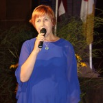 Novada izglītības darbiniekus sveic Izglītības pārvaldes vadītāja Silvija Tiltiņa