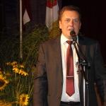 Paldies par darbu izglītības darbiniekiem sacīja Kandavas novada domes priekšsēdētājs Normunds Štoferts