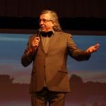 Koncertu sniedza  tautā mīlētais mākslinieks- aktieris Andris Bērziņš.