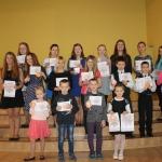 Novada skolu Skatuves runas konkursa dalībnieku kopbilde vēsturei