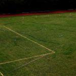 Kandavas K.Mīlenbaha vidusskolas stadiona futbola laukumā izveidota Latvijas karte ar atzīmētām 84 apdzīvotām vietām.